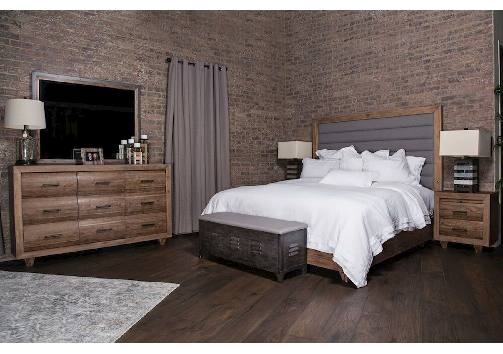 Lacks | Brooklyn Walk 4-Pc Queen Bedroom Set