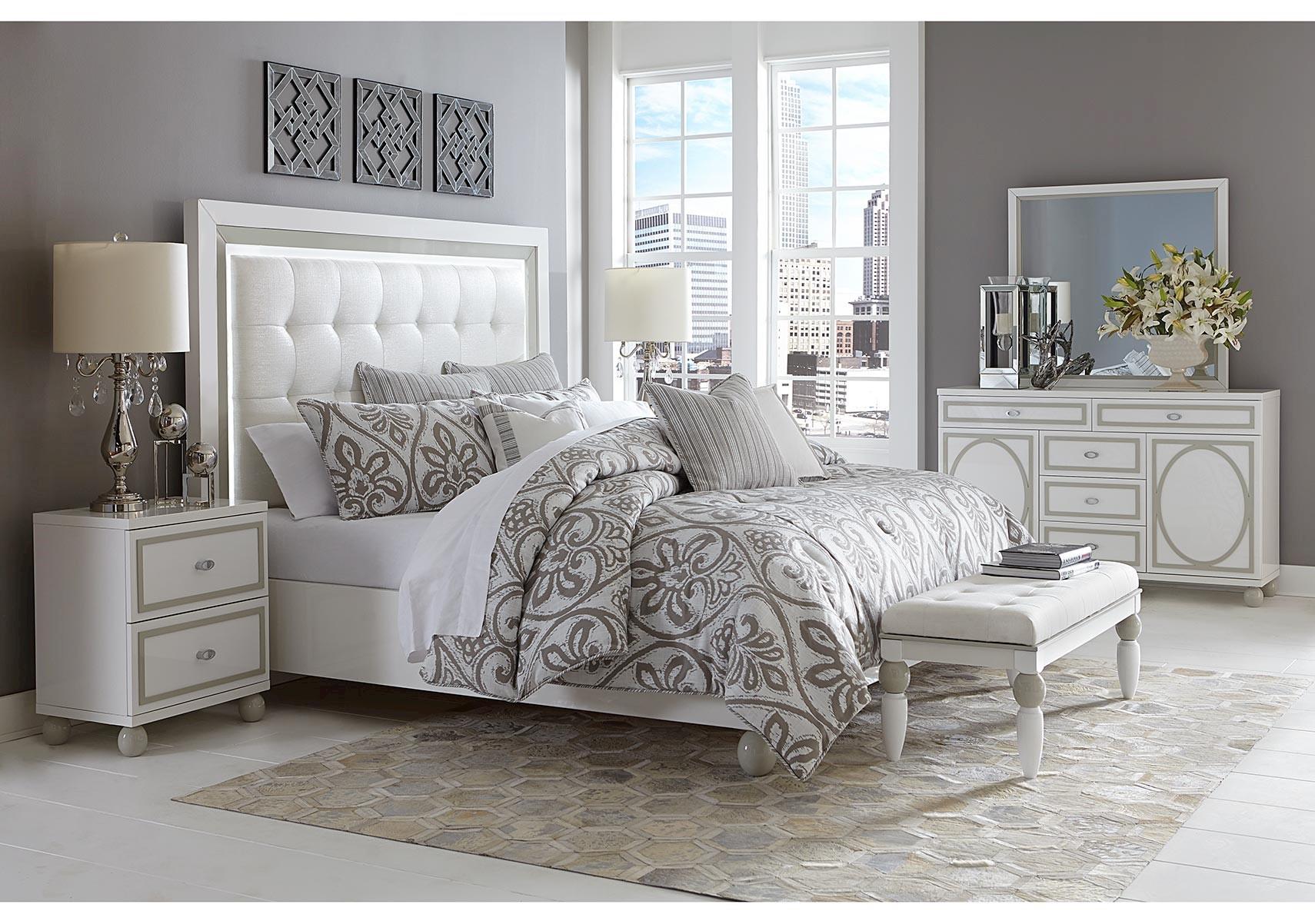 Lacks | Sky Tower 4-Pc Queen Bedroom Set