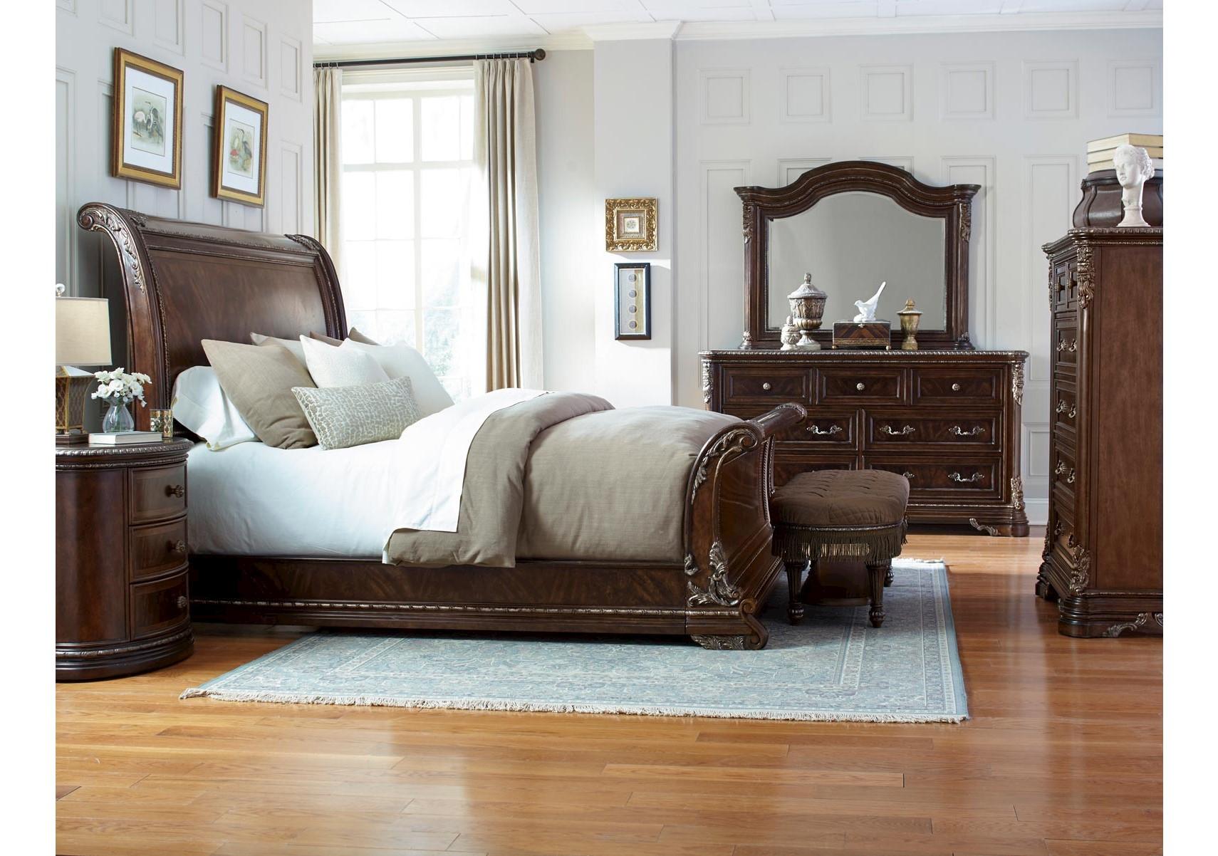 Lacks | Gables 4-Pc Queen Bedroom Set