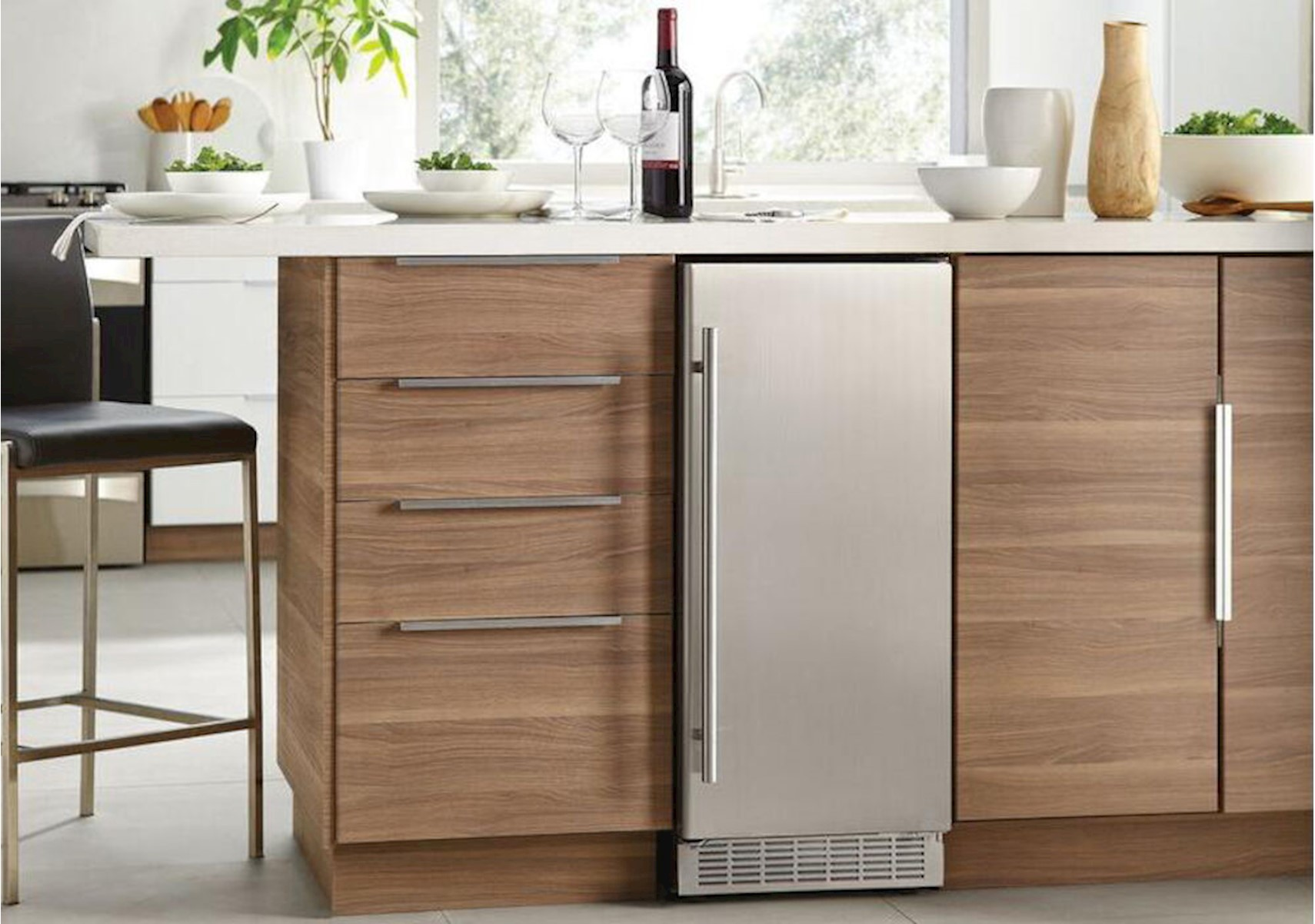 Lacks Danby Silhouette 15 Under Counter Ice Maker